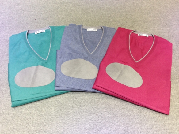 Pastel coloured V-necks with Alcantara elbow patch