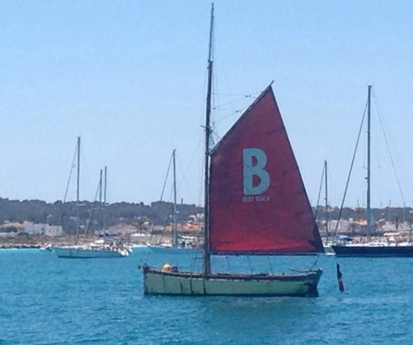 Beso Boat